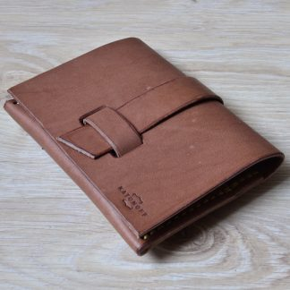 Кожаный кошелек-конверт ручной работы